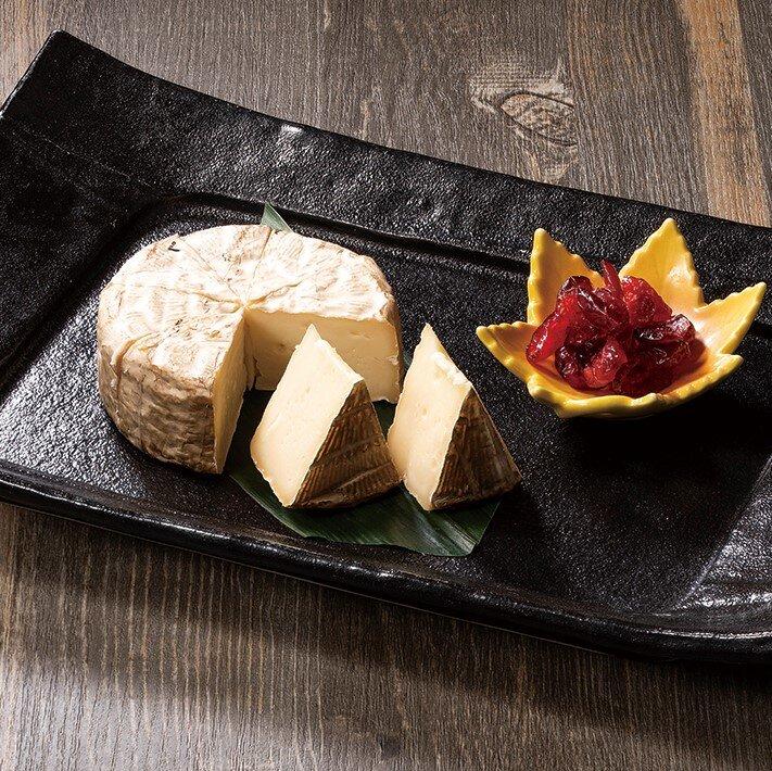 カマンベールチーズの藁焼き(レギュラー)