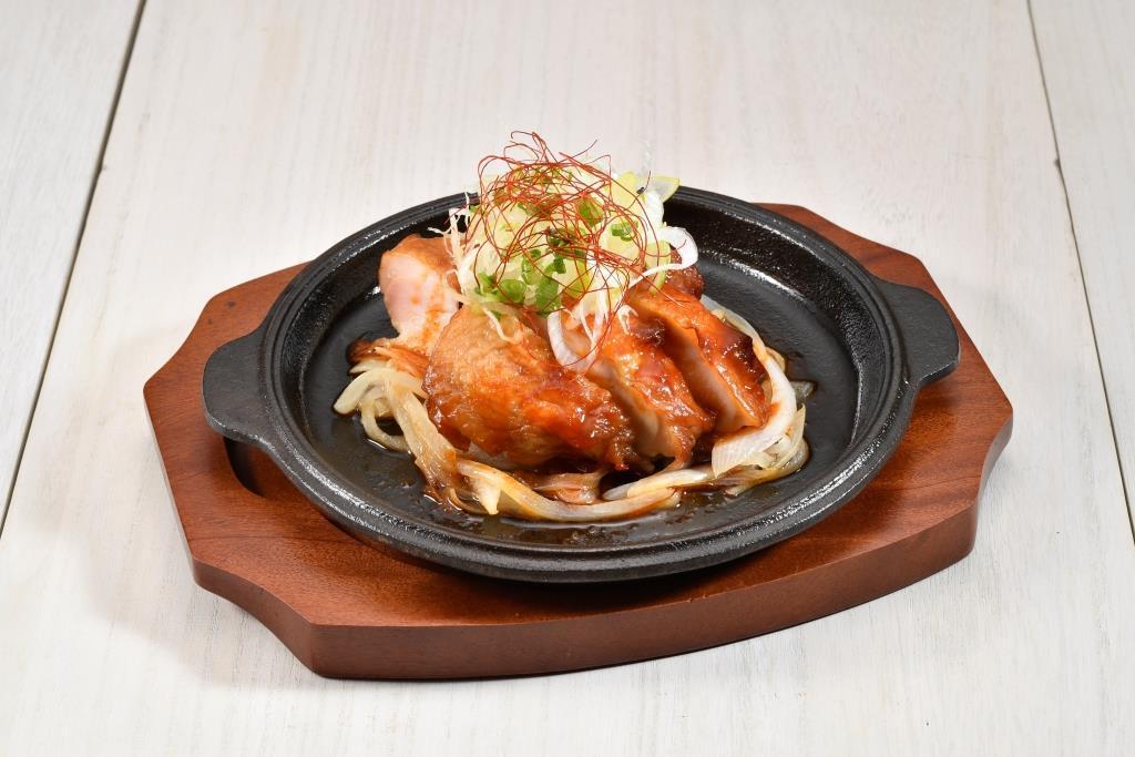 鶏もも肉のガイ・ヤーン焼き(タイ風BBQチキン)