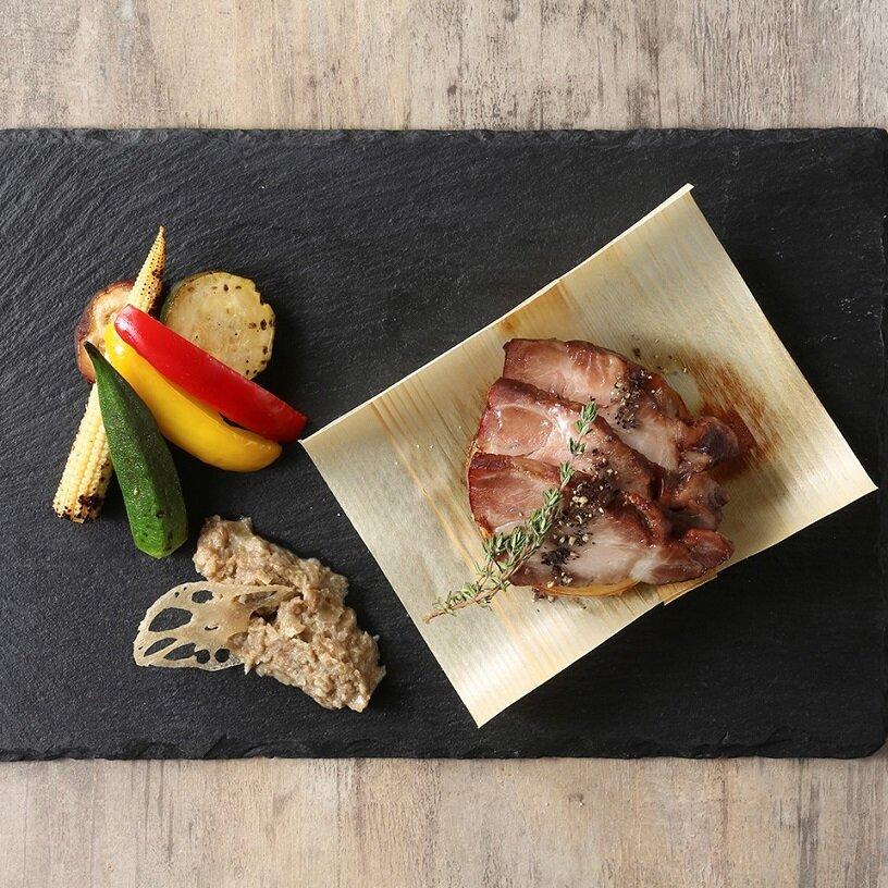 国産豚の低温ロースト 焼き野菜マリネを添えて