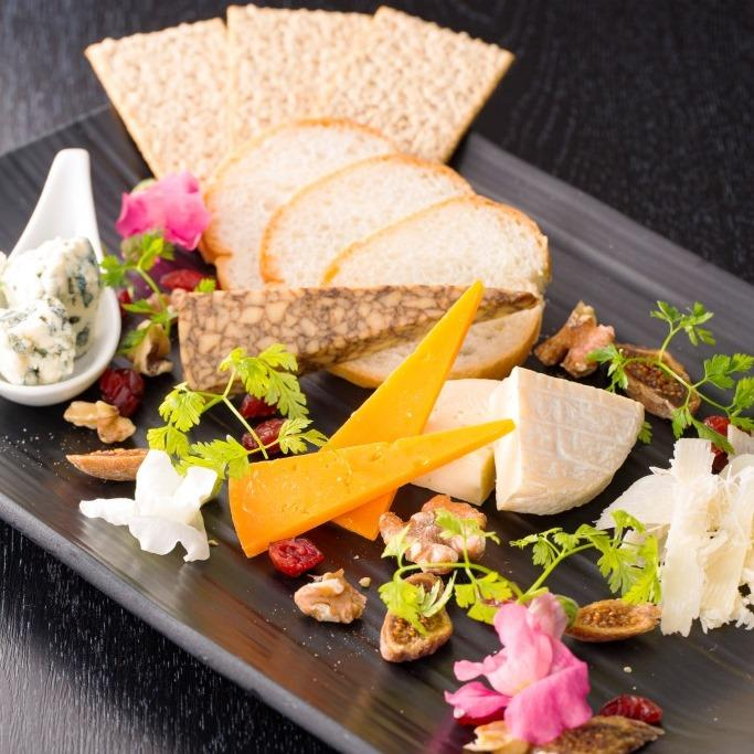 チーズアソートメント (5種盛合せ)