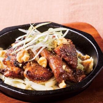 名古屋コーチン鶏皮味噌焼き