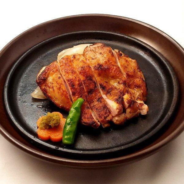 鶏もも大判黒胡椒焼き