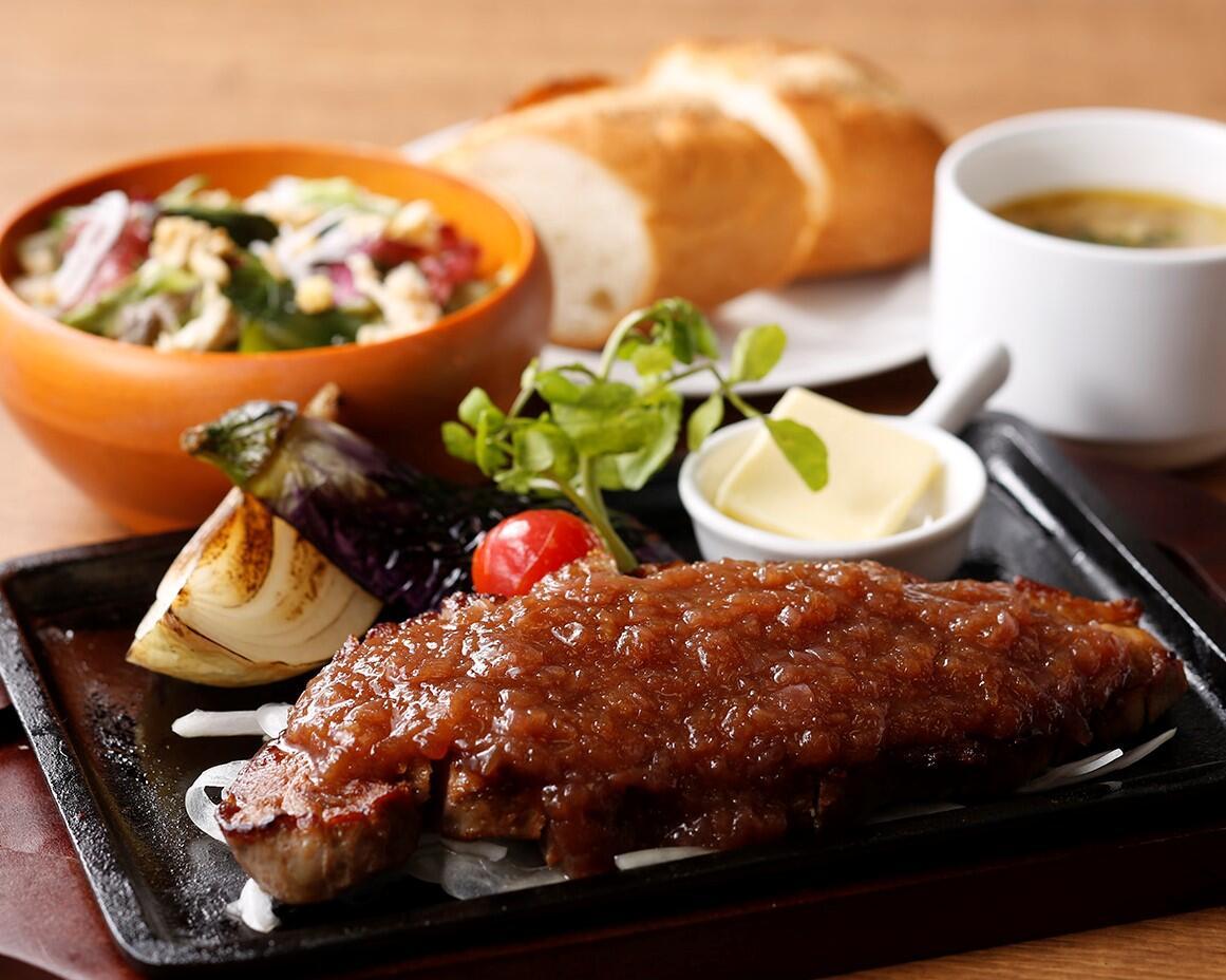 和風シャリアピンステーキ<ディナーセット> ライスorパン/サラダ/スープ付き