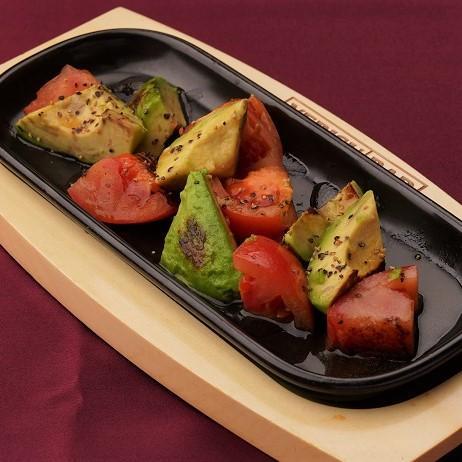 トマトとアボカドのグリル~わさび風味~