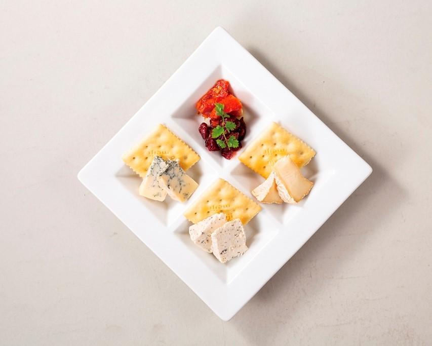 国産チーズ3種盛合せ
