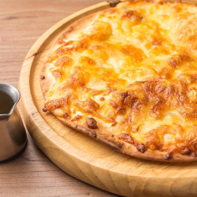 6種のチーズピザ~蜂蜜の香~