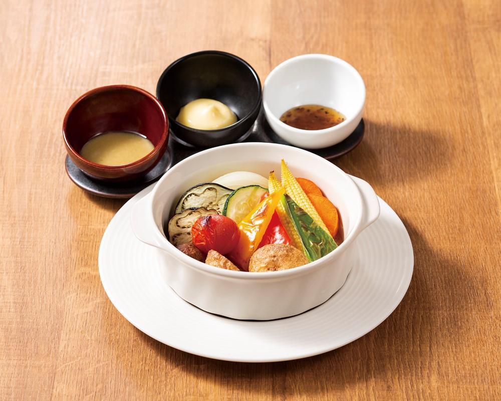 彩り野菜のオーブン焼き 3色ソース