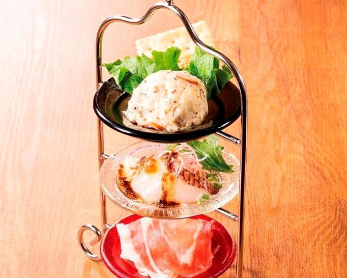 人気の冷菜3種盛合せ
