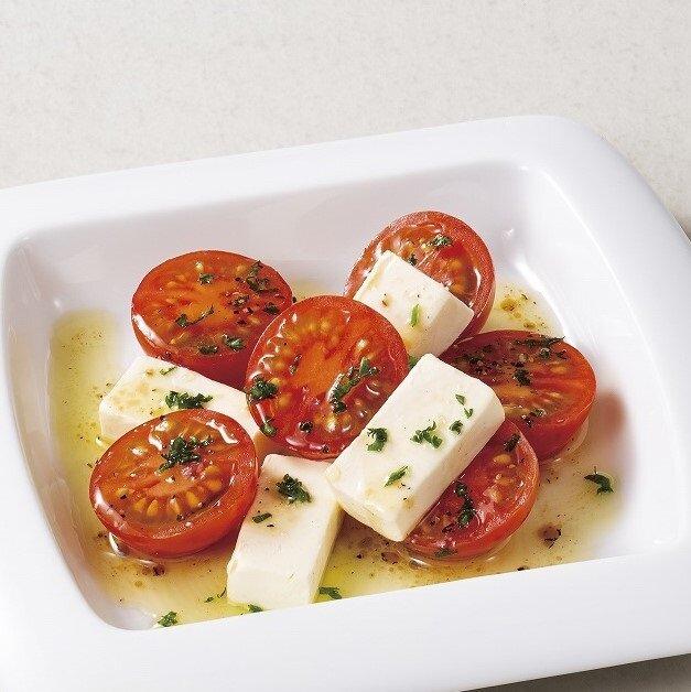 トマトとクリームチーズのマリネ