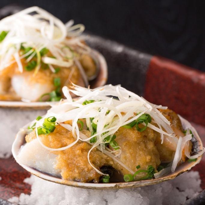大あさりと海老、帆立の葱生姜貝焼き