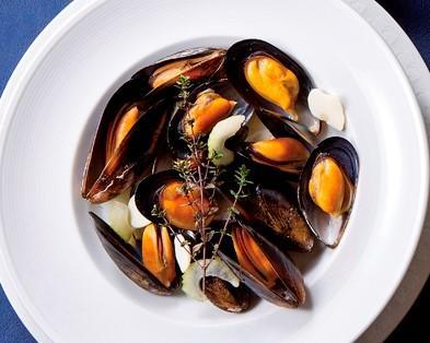 ムール貝のシャルドネワイン蒸し