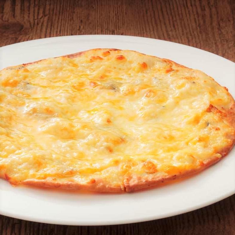 六種のチーズピザ