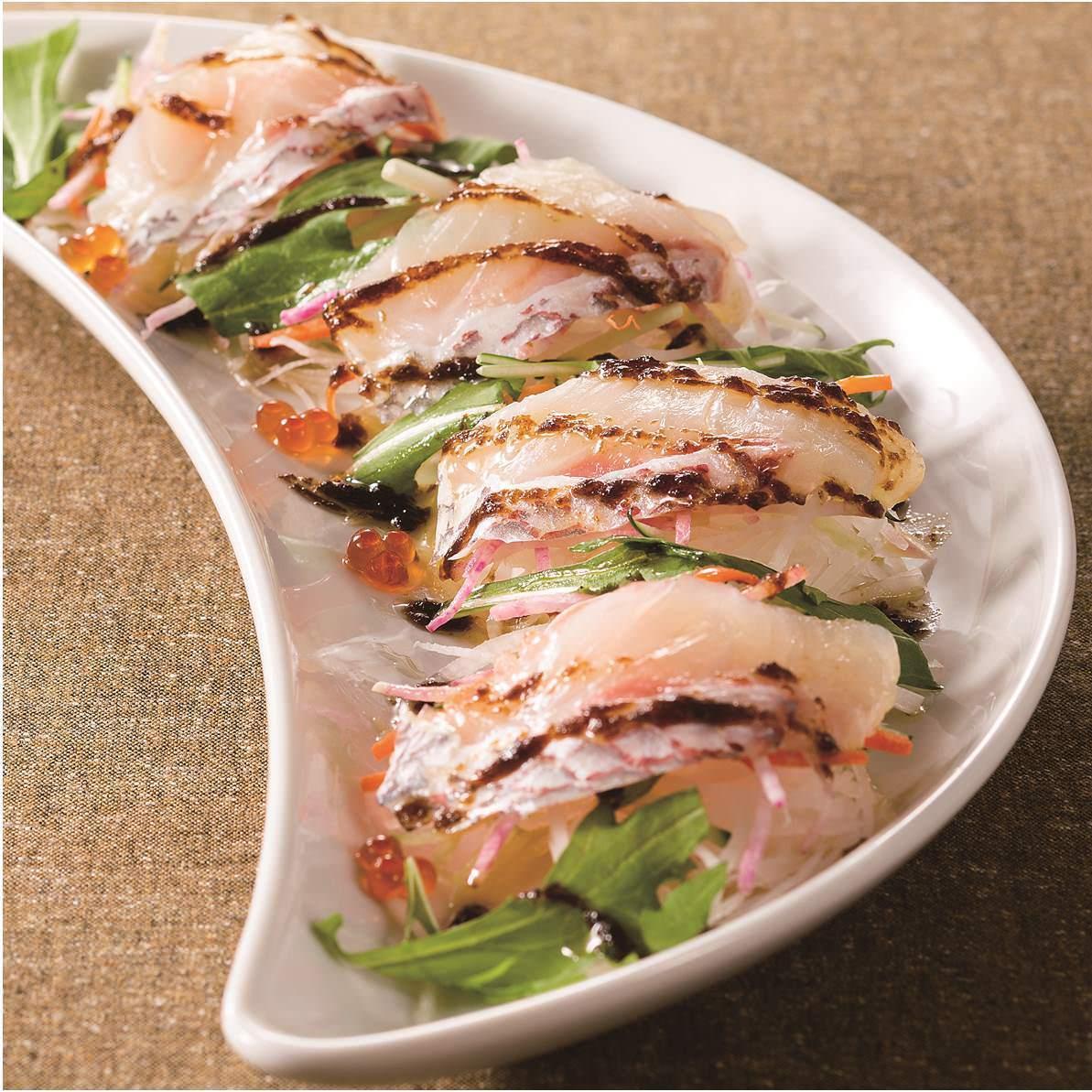 真鯛のカルパッチョ 昆布のソース