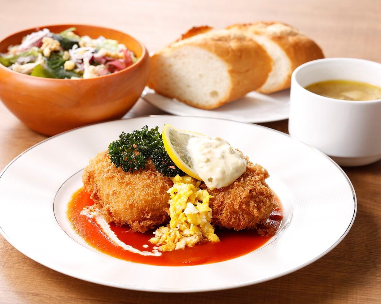 カニクリークコロッケ<ディナーセット>  ライスorパン/サラダ/スープ付き
