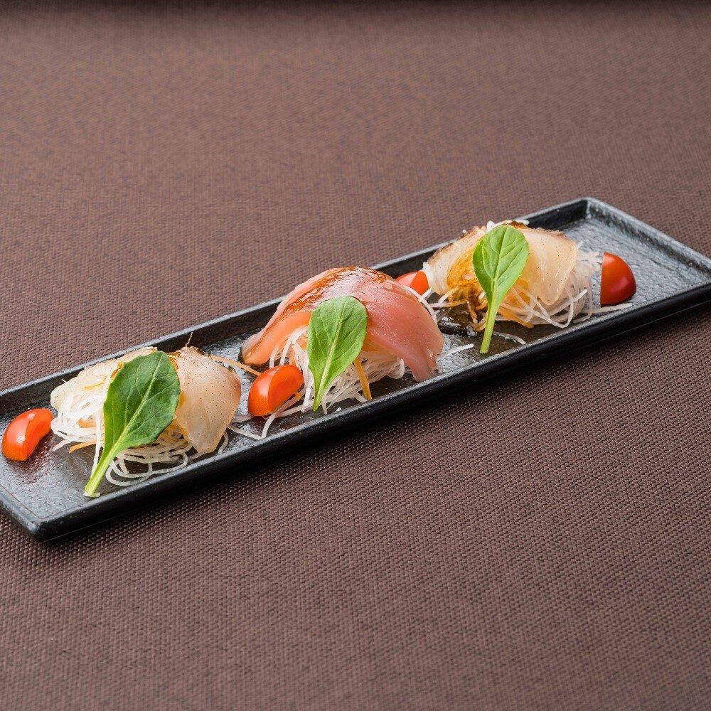 みかん鯛とマグロのカルパッチョ 昆布ソース