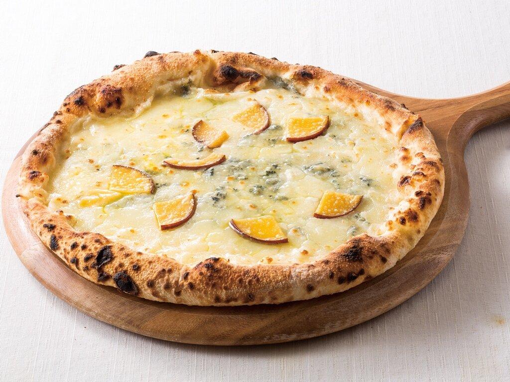 ピッツァ クワトロフォルマッジ ~4種チーズ