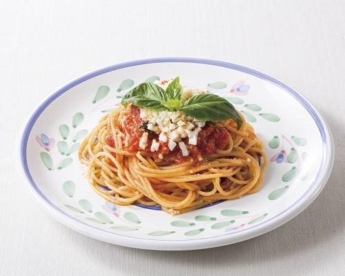 モッツァレラとバジリコのトマトスパゲティ