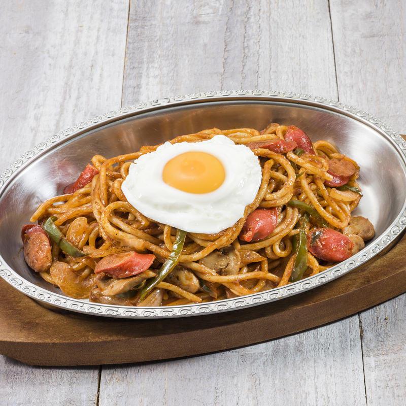 炒めスパゲティ ナポリタン