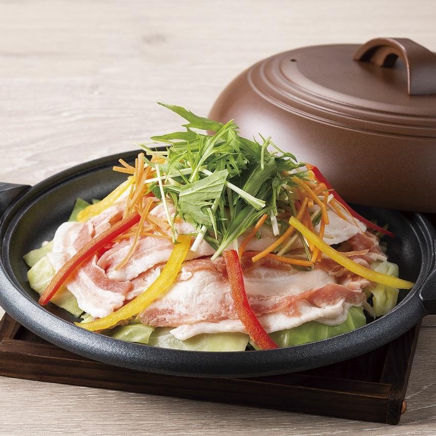 黒豚と野菜の陶板蒸しランチ
