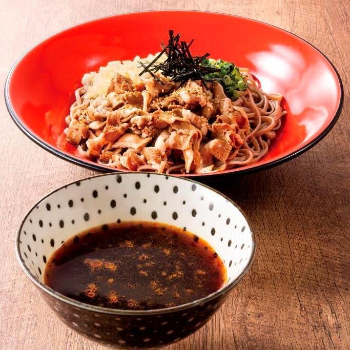 ピリ辛肉蕎麦(冷たいつけつゆ)