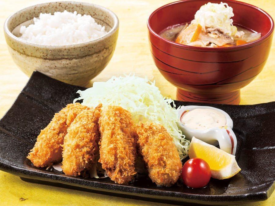 カキフライと豚汁御膳(ドリンクバー付)